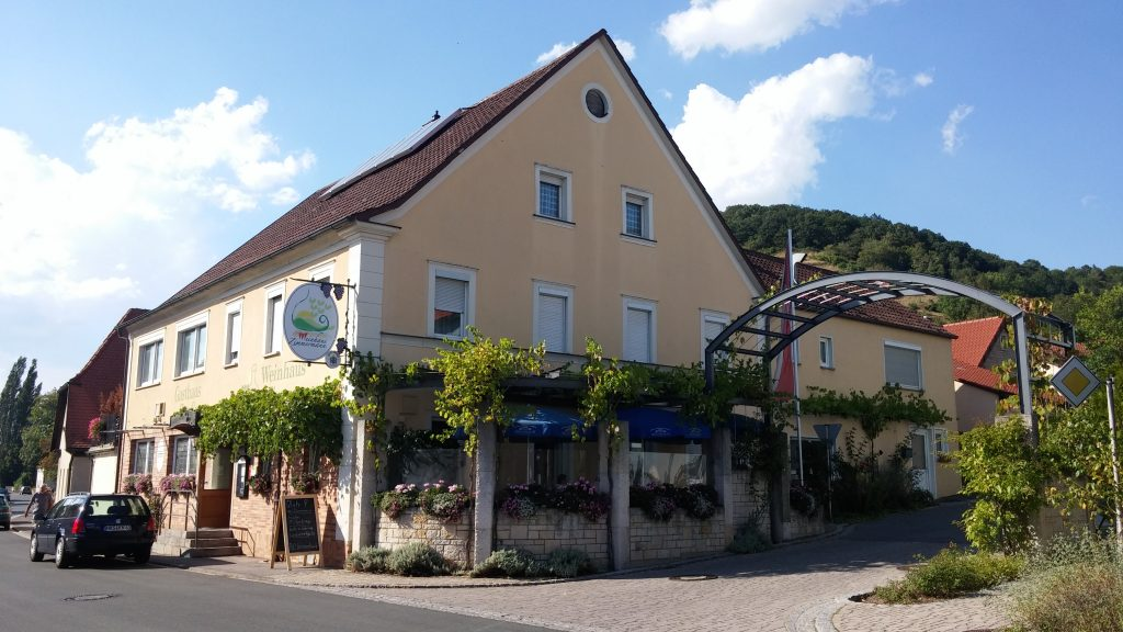 Weinhaus Zimmermann Ziegelanger Zeil am Main Weinberge Lokal