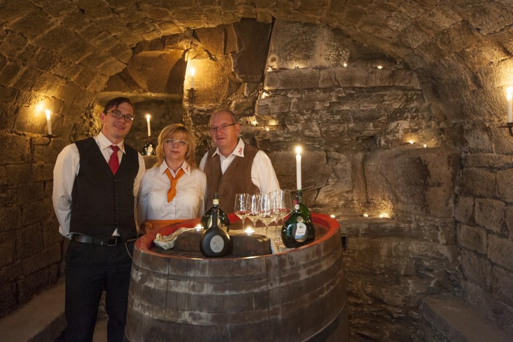 Das Team des Weinhaus Zimmermann im Gewölbekeller